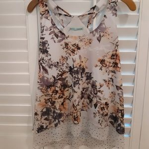 Cute floral Maurices tank top